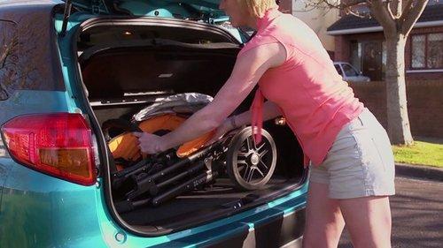 Suzanne reviews the Suzuki Vitara