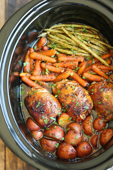 Slow-cooker honey-garlic chicken and veggies