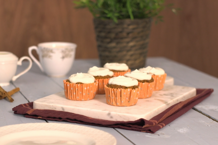 Healthy carrot cakes
