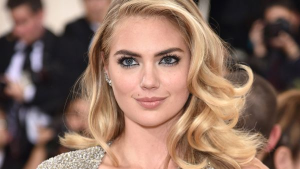 d4f1dc1ccd9 Kate Upton s second-day wedding dress was STUNNING