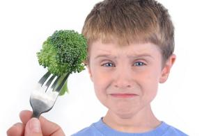 12-year-old calls 911 on parents for forcing him to eat salad