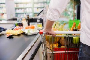 Government to tackle obesity crisis by removing junk food from checkouts