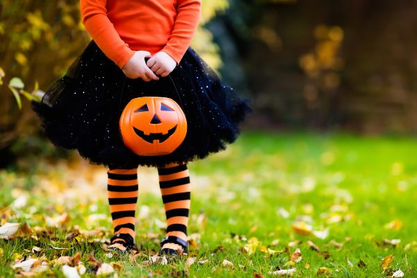Parents express their disgust over inappropriate Halloween costume for girls