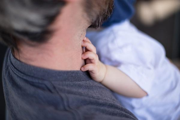 Study claims babies born to older dads are less likely to be healthy