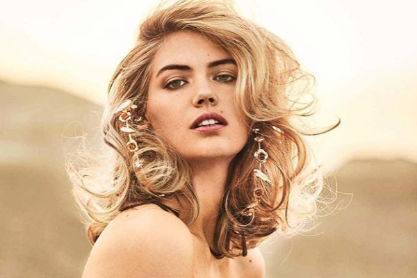 Daddy daughter snuggles: Kate Upton shares precious family moment