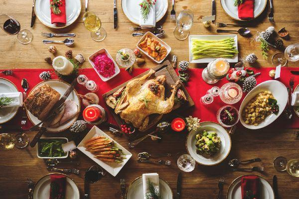 Season's eatings this Christmas: How to avoid food poisoning during the holidays
