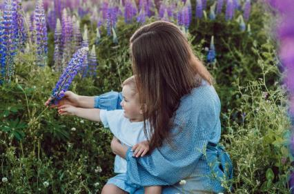 8 ways busy Mums can fit moments of self care into their hectic routines