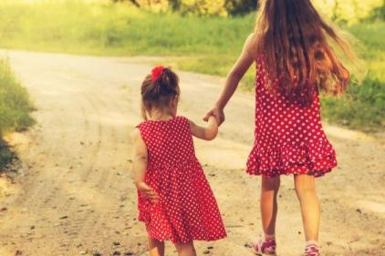Second-born children are the biggest troublemaker in the family, study reveals