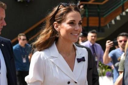 The Duchess of Cambridge arrives at Wimbledon in chic white dress