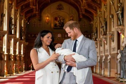 Meghan Markle is being mum-shamed and it is NOT acceptable