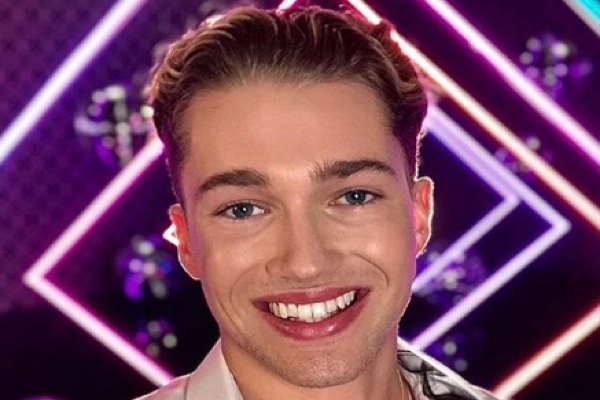 Strictys Kevin Clifton claims AJ Pritchard tried to steal Stacey Dooley last year