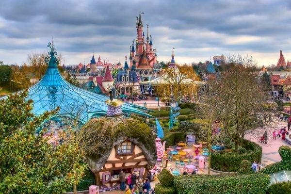 Let It Go: Disneyland Paris is opening a Frozen-themed park