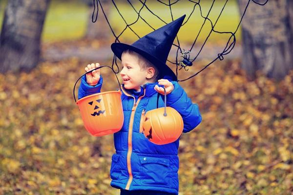 Opinion: Give cash not trash this Halloween