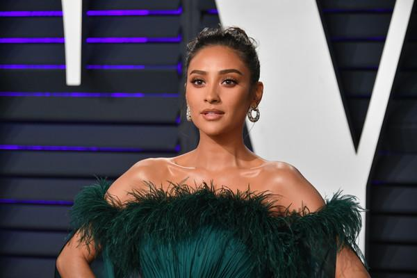 Proud to be your mama: Shay Mitchell shares first photo of daughter Atlas