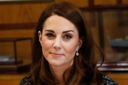 Kate Middleton stuns in beautiful green dress at Buckingham Palace reception