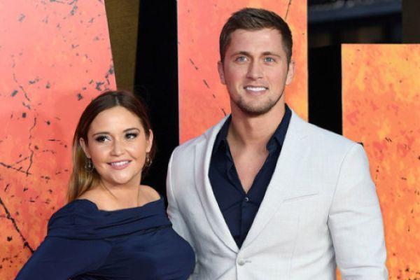 Jacqueline Jossa admits therapy helped save her marriage to Dan Osborne