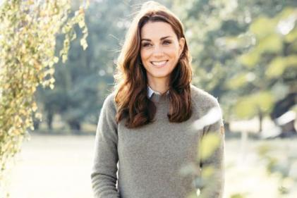 Duchess of Cambridge wore the coziest blue jumper and it is perfect for winter