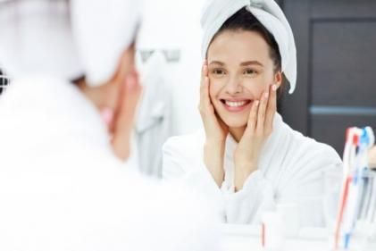 Our top tips for treating stubborn hormonal acne