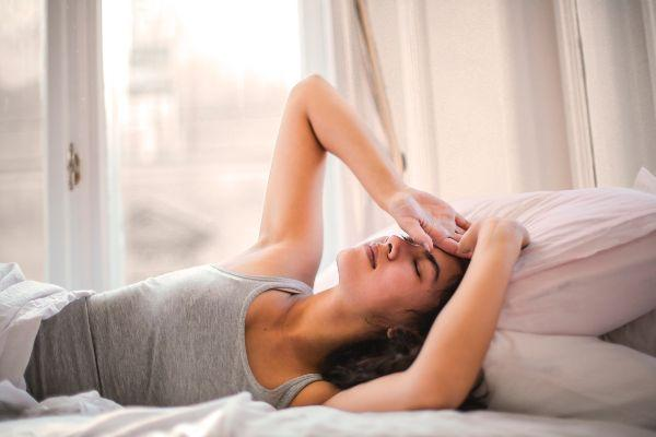 People who have a lie-in are supposedly smarter and skinnier