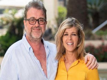 Kate Garraway gives update on husband as he fights coroanvirus in ICU