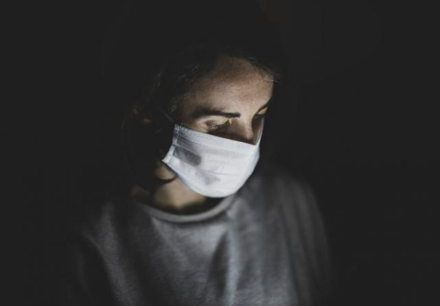 To wear a mask or not? Cork doctor shares her expert advice