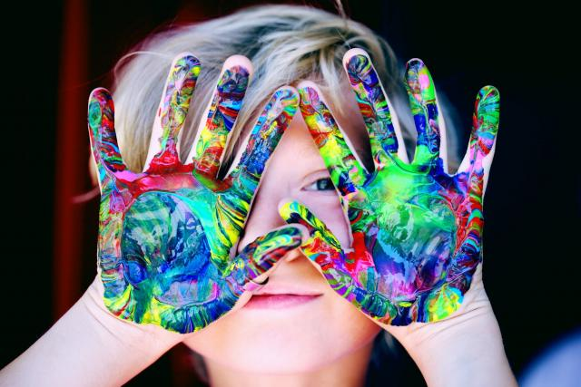 Study finds childrens confidence, focus and more boosts with arts and crafts.