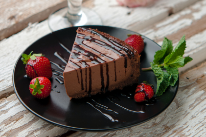 This fool-proof no-bake Nutella Cheesecake recipe is a chocoholic's dream