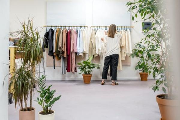 How to create your essential capsule maternity wardrobe
