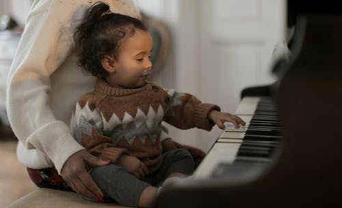Music can help your babys communication and social skills!
