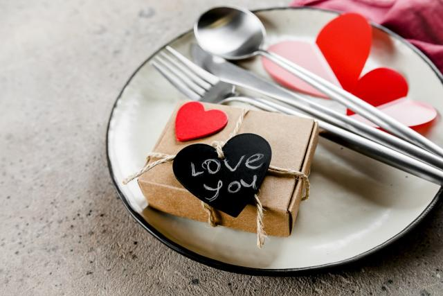 Valentine's day date nerves & anxiety can cause flatulence - top tips to avoid