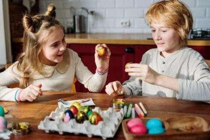 Using teamwork games to combat sibling rivalry