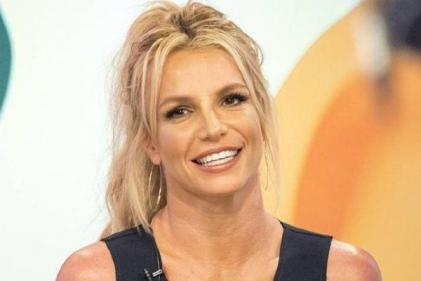 Get ready Britney fans! 'Controlling Britney Spears' airs on TV this evening