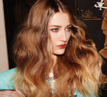 Create relaxed & tousled bedroom hair with this wonderful product