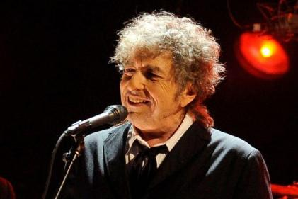 Bob Dylan is being sued for allegedly sexually abusing a 12-year-old girl