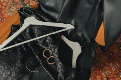 The 70s trend isnt going anywhere! Leather is the fabric of Autumn/Winter 21 season