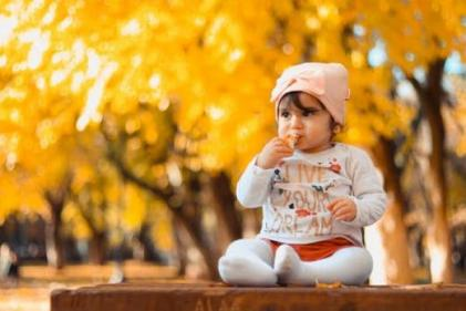 The cutest autumn-inspired baby names for those who love the cosy fall vibes!