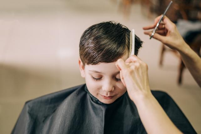 Dublin mum to open a sensory barbers for those with additional needs