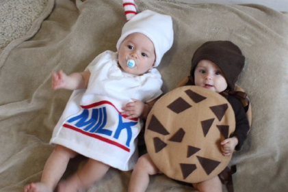 8 adorable Halloween costume ideas for twins