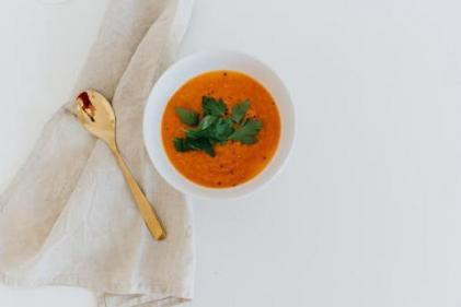 Looking for lunch inspo? Try out this rich and wholesome minestrone soup!